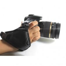 สายรัดมือกับตัวกล้อง Hand Grip Strap แบบมีสายรัดข้อมือ