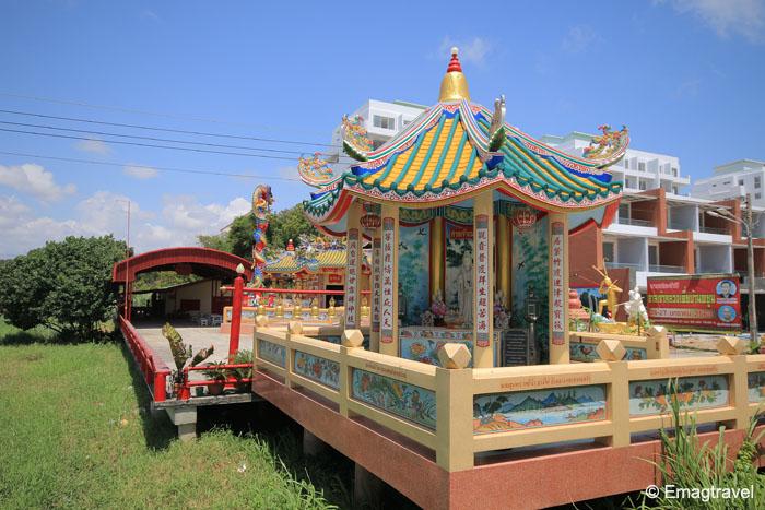 ศาลหลวงเตี่ยบ้านพยูน